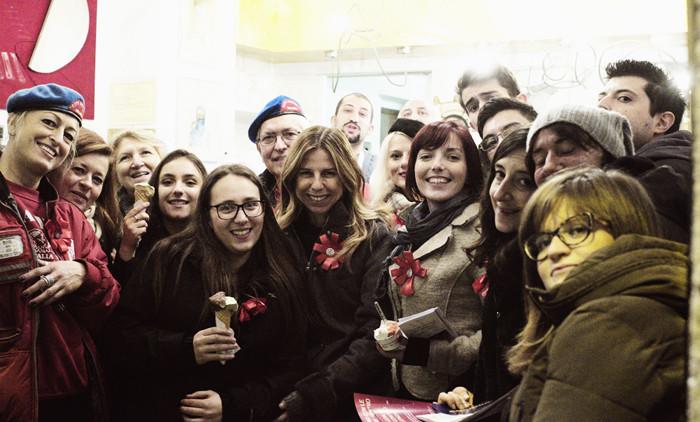 Alla gelateria Garibaldi Crème con l'on. Giuliani e i City Angels Photo by Viatceslav Pilolli